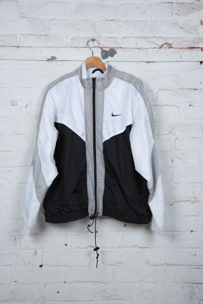 veste de jogging nike 90 39 s vintage blanc noir. Black Bedroom Furniture Sets. Home Design Ideas